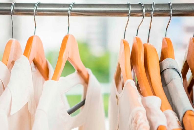 Cómo elegir las mejores perchas para tu armario