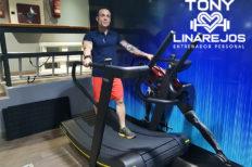 Tony Linarejos, las ventajas de contratar un entrenador personal