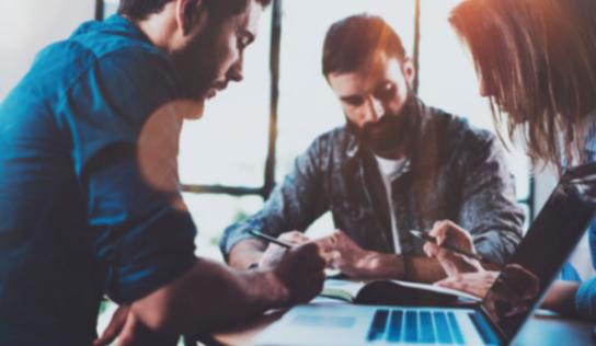 Hexagone revela los 5 empleos con idiomas más demandados por las empresa para septiembre
