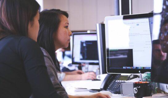 Redkom: «La digitalización es un camino inevitable que las empresas han de seguir de forma segura»